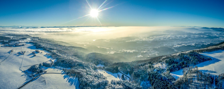 Nr. 17 Luftbild Bergalingen Hangkante (Marcel Köpfer)